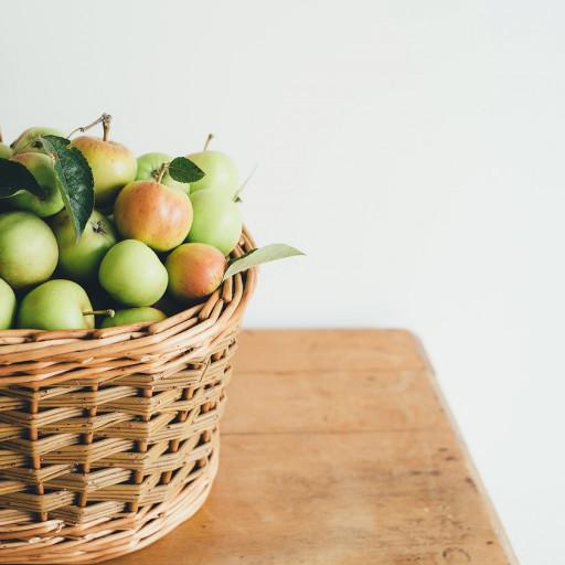 """""""Mangez 5 fruits et légumes par jour"""": une recommandation nutritionnelle qui reste insuffisante chez les jeunes."""